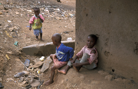 6265-poverty-kenya-children-of-kibera-slum-nairobi